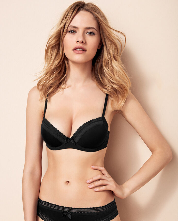 Progressive-cup push-up bra Noir Beaute