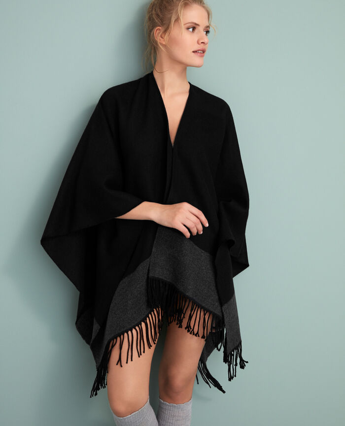 Poncho Black Soft