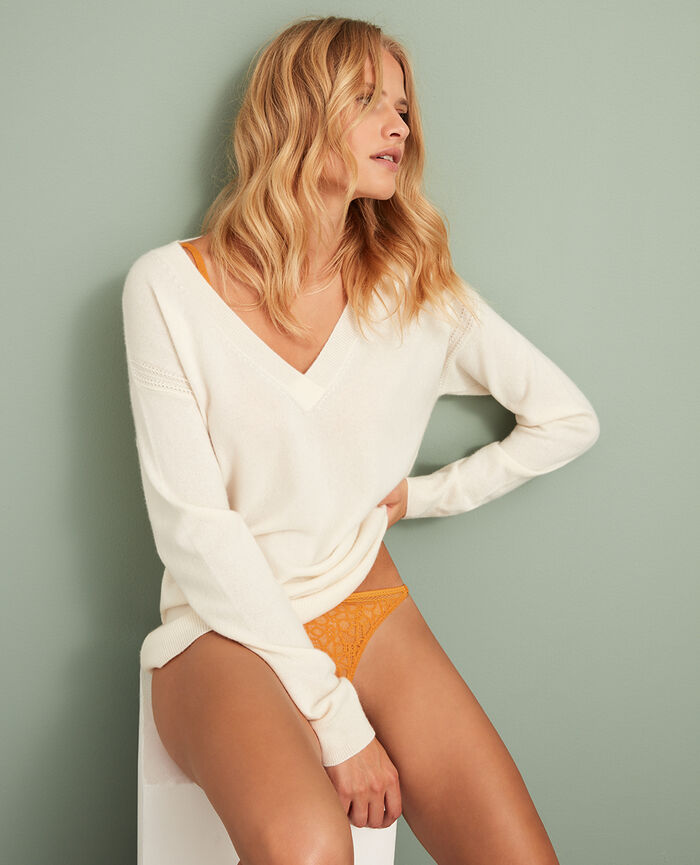 V-neck jumper Ivory Cozy