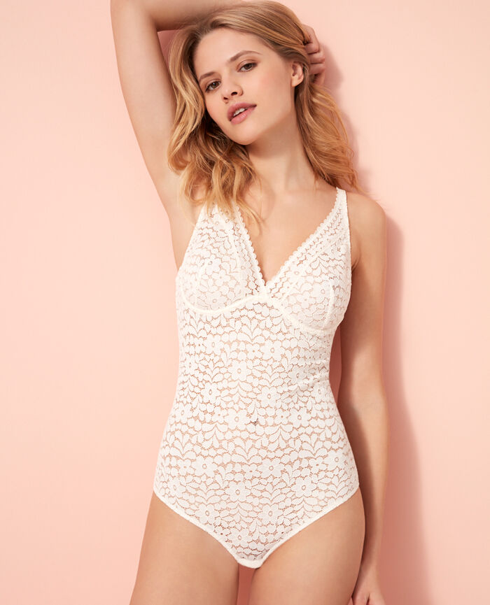 Underwired body Rose white Monica
